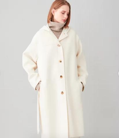 【ウチカレ】3話菅野美穂着用白いフードコートのブランドや値段は?